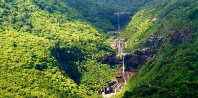 mauritius canyoning-cascade-tamarind-falls-nature-hiking-trip-(4)