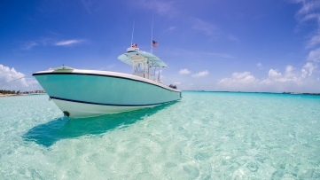 yacht-in-caribbean-sea