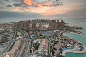 pearl-qatar-sunrise-586x391
